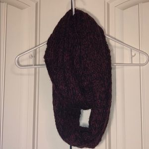 Accessories - Maroon and Black Infinity Scarf